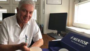 Augmentace prsou očima nejznámějšího plastického chirurga Jana Měšťáka