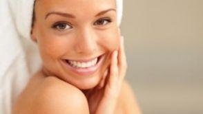 Peelings, Hydrafacial & Co.: Welche kosmetische Behandlung ist für mich geeignet?