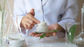 Produsele dermato-cosmetice și eficacitatea lor în tratarea acneei