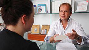 Interview mit Holger Fuchs zum Thema Brustvergrößerung