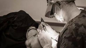 Dr. Erkan Demirsoy, der FUE-Spezialist: Überzeugende Erfahrungen von Patienten