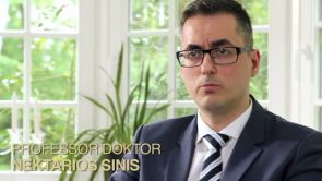 Brustvergrößerung mit Silikonimplant Prof. Dr. Med. Sinis