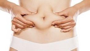 Wie lassen sich hartnäckige Fettpolster durch Lipolyse entfernen?