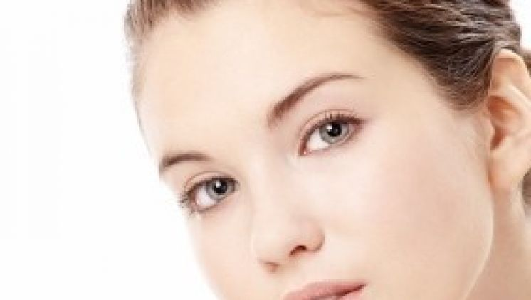 Pausbacken entfernen durch Gesichtsverschmälerung