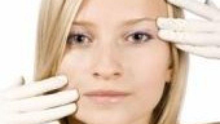 Tekutý lifting umí omladit obličej i odstranit vrásky během chvilky