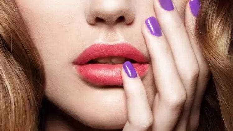 Voluminöse Lippen mit Permalip