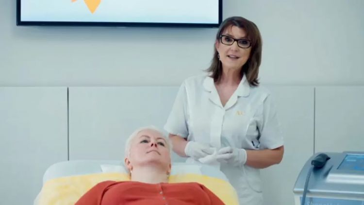 Revoluční omlazení a neinvazivní liposukce přístrojem ShapeUp